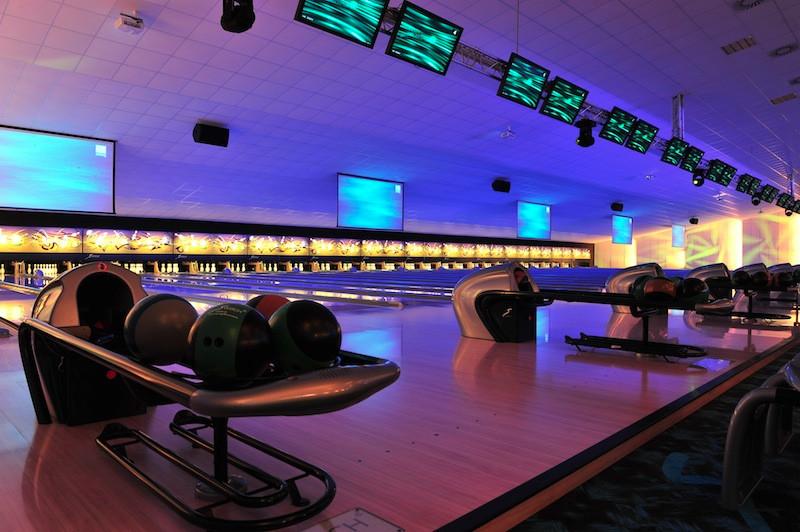 Un bowling de 28 pistes